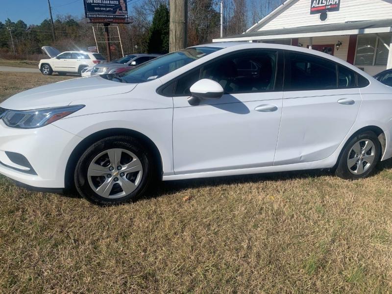 Chevrolet Cruze 2016 price $11,000