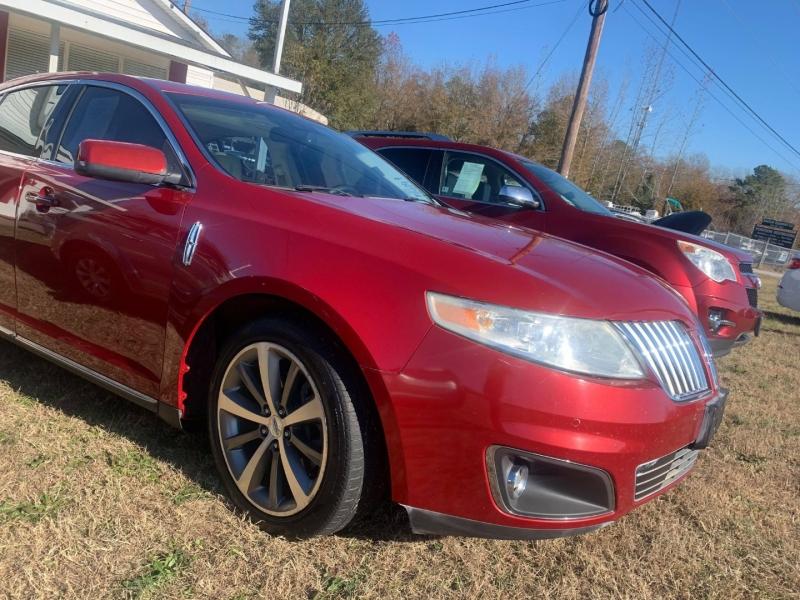 Lincoln MKS 2009 price $11,000