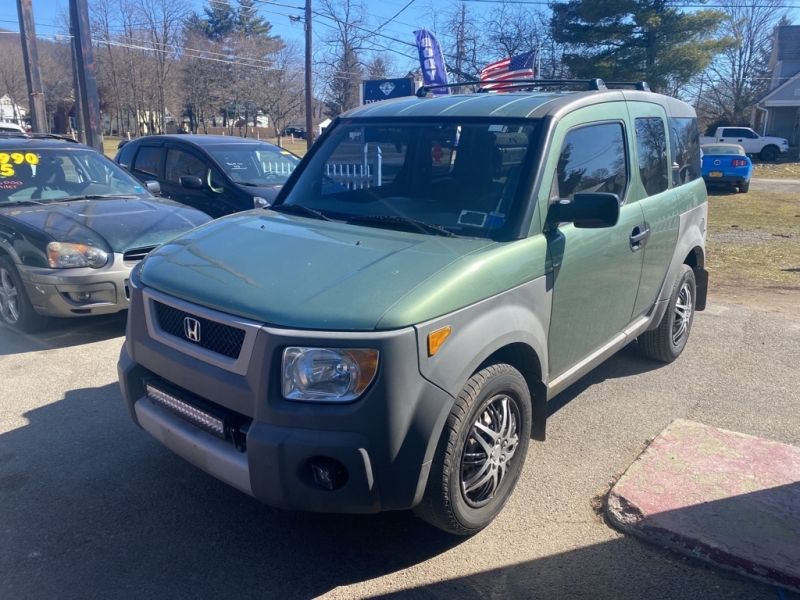 HONDA ELEMENT 2004 price $4,990