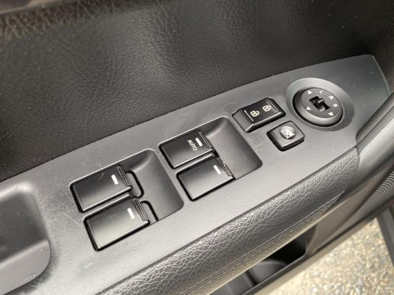 KIA SORENTO 2012 price $7,495