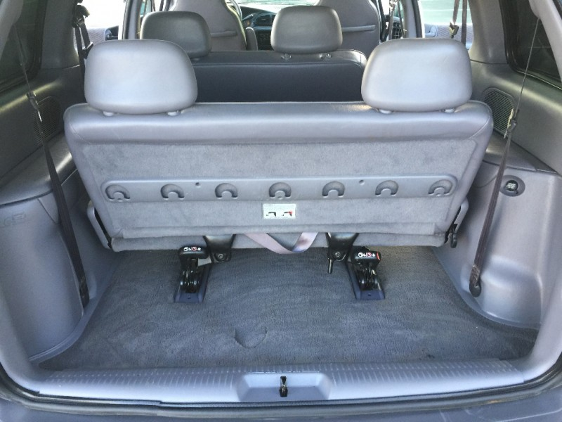 Plymouth Voyager 2000 price $3,999