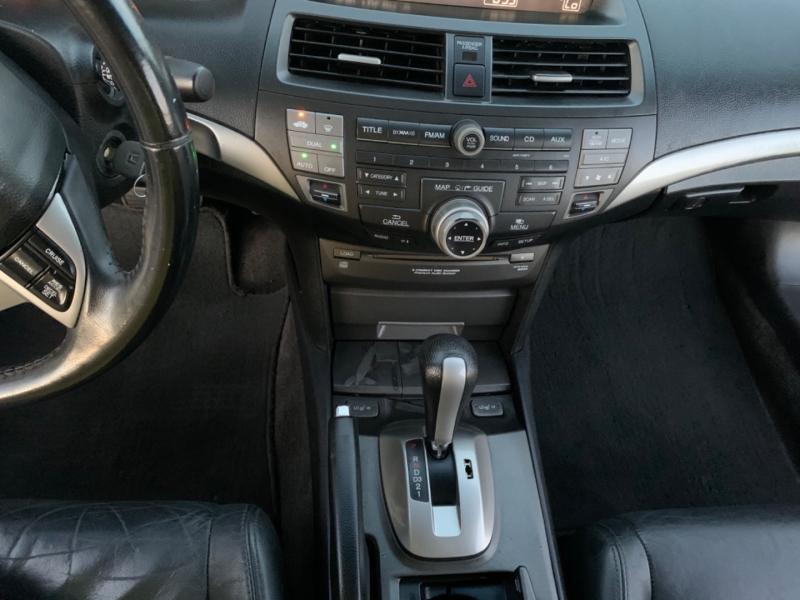 Honda Accord Cpe 2009 price $6,999