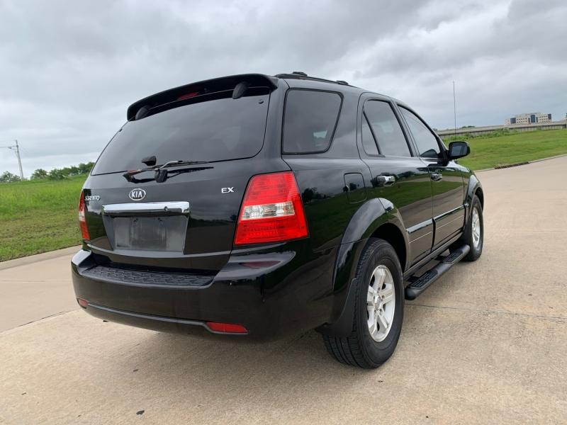 Kia Sorento 2007 price $5,999