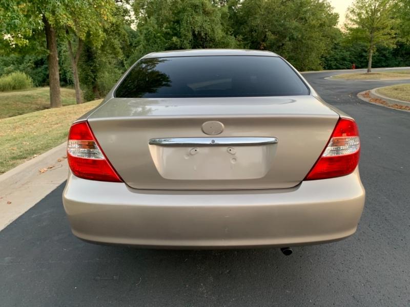 Toyota Camry 2004 price $6,499