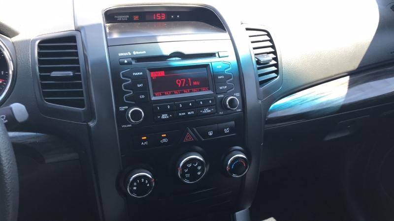 Kia Sorento 2011 price $9,999