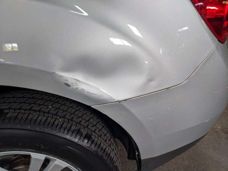 Chevrolet Equinox 2011 price $9,995
