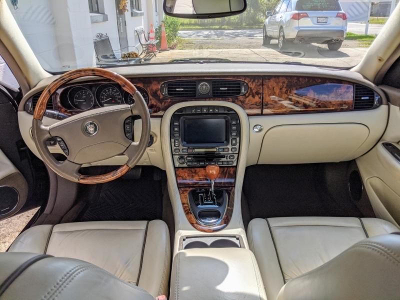 Jaguar XJ 2006 price $7,995