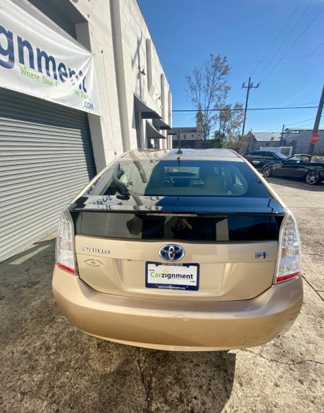 Toyota Prius 2011 price $10,995
