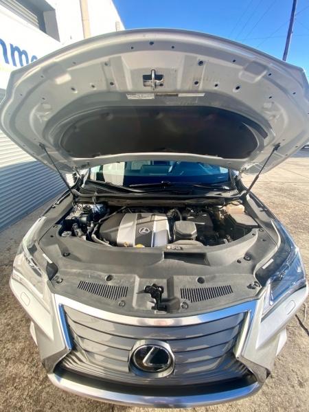 Lexus RX 350 2017 price $32,995