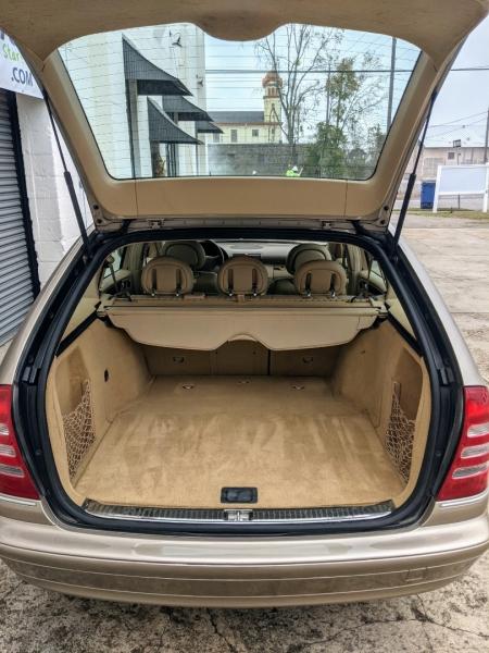 Mercedes-Benz C-Class 2004 price $7,777