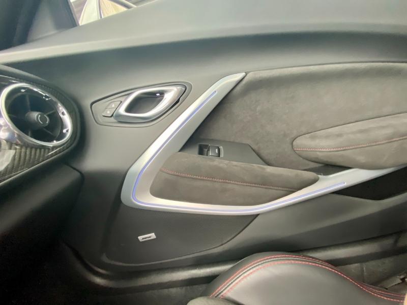 Chevrolet Camaro 2018 price $58,995