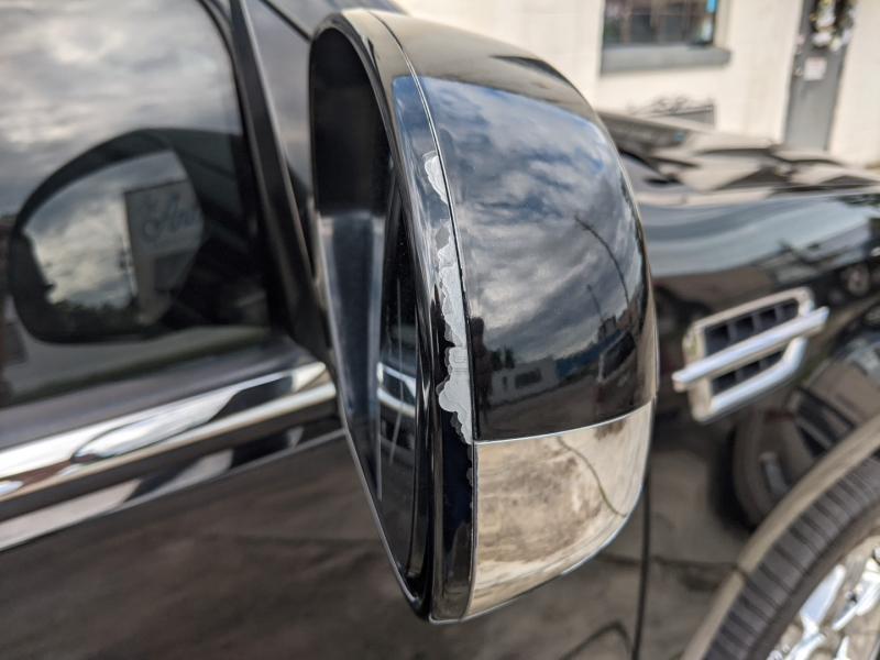 Cadillac Escalade 2011 price $20,995
