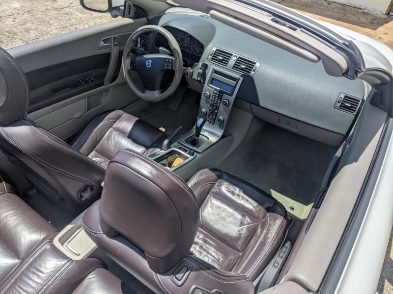 Volvo C 70 2010 price $10,995
