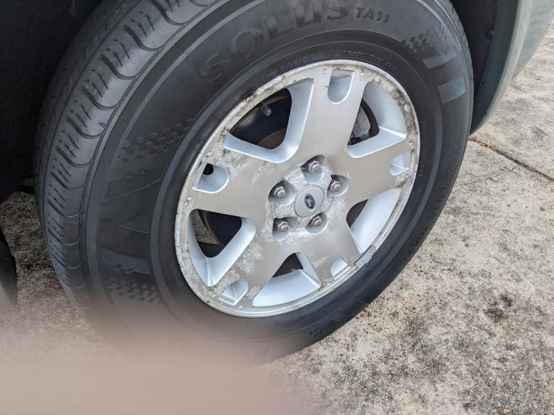 Ford Escape 2006 price $6,995