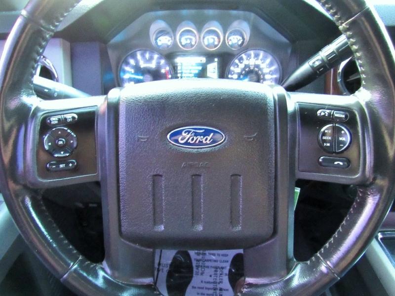 Ford Super Duty F-350 - 4X4 - Lariat - Short Bed - 6.7L 2013 price $26995 CASH