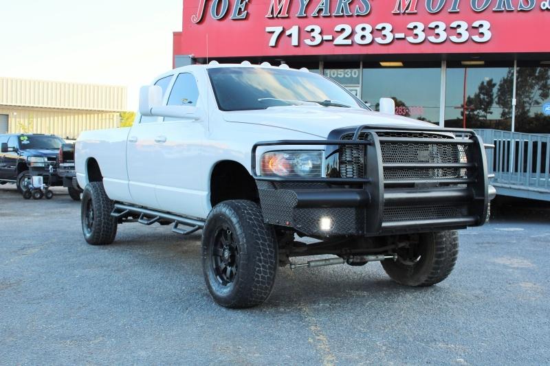 Dodge Ram 3500 4X4 SRW, Laramie, 5.9L Cummins, Rims! 2004 price $15995 CASH