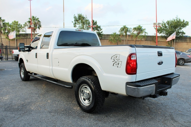 Ford Super Duty F-350 SRW - FX4 - 4X4 - 6.7L Diesel! 2013 price $17,995