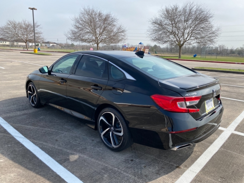 Honda Accord Sedan 2020 price $17,900