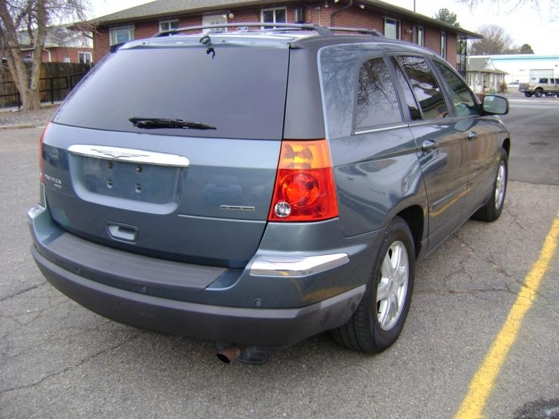 Chrysler Pacifica 2006 price $5,499