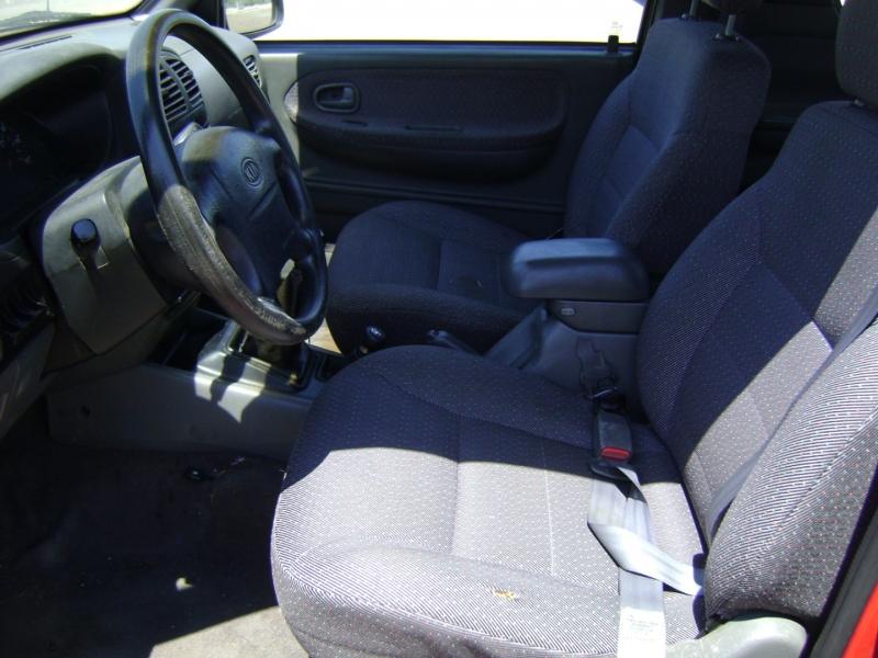 Kia Sportage 2002 price $2,899