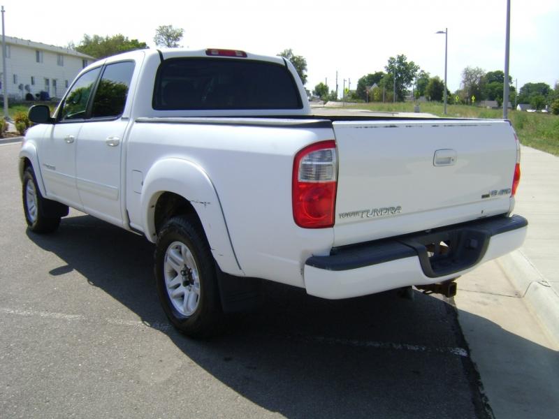 Toyota Tundra 2006 price $11,999