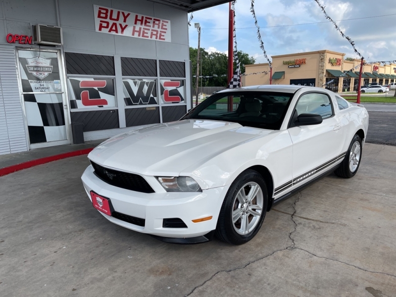 FORD MUSTANG 2012 price $3,500 Down