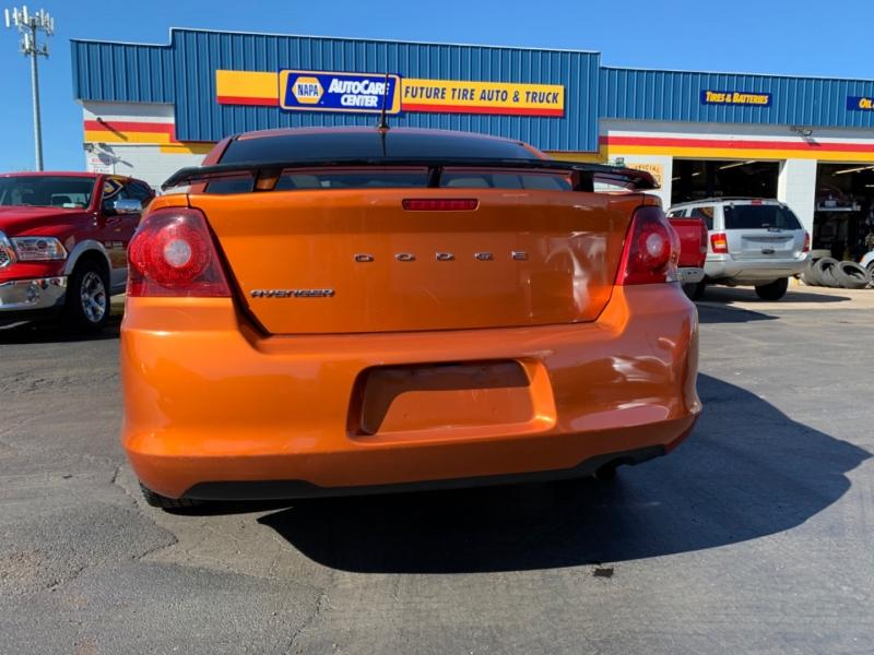 Dodge Avenger 2011 price $7,995