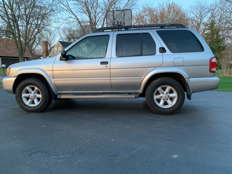 Nissan Pathfinder 2004 price $6,995