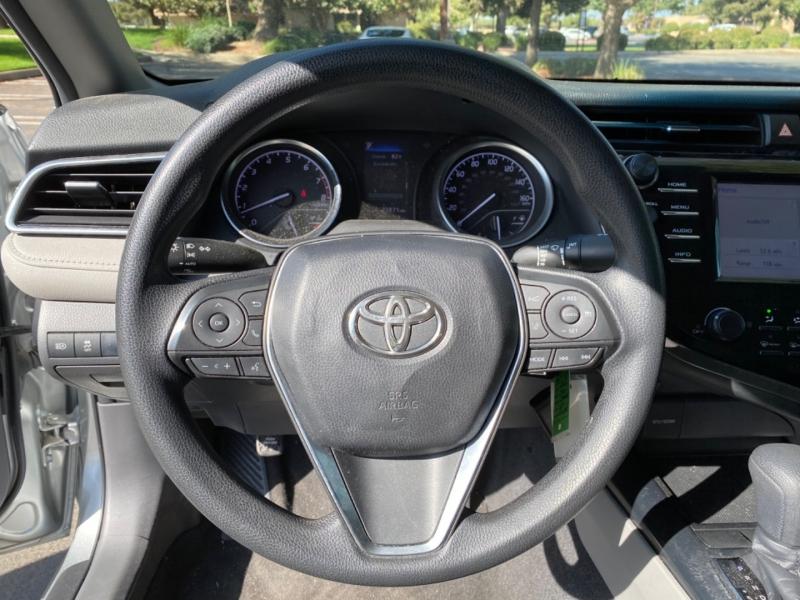 Toyota Camry 2018 price $16,999