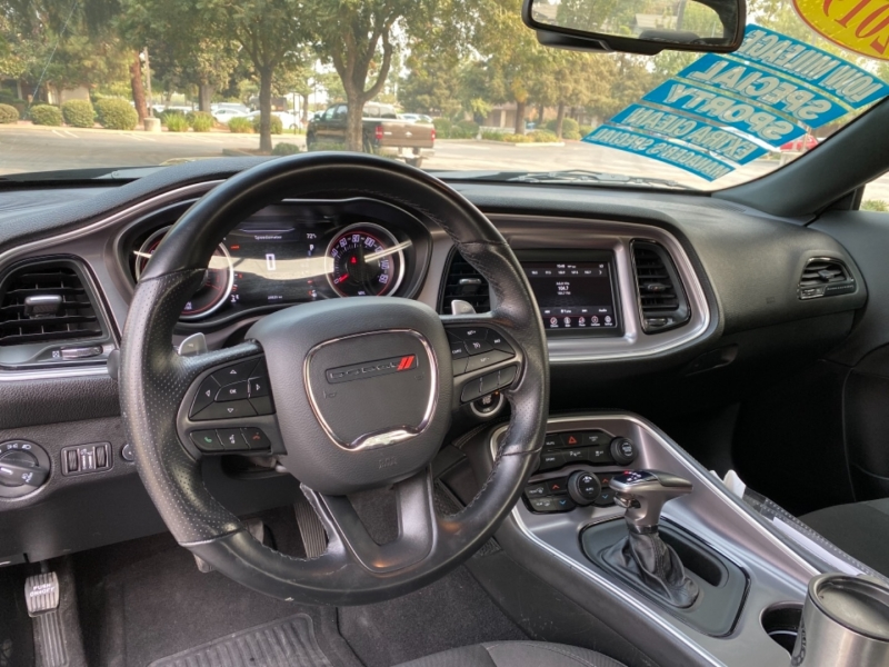Dodge Challenger 2019 price $32,499