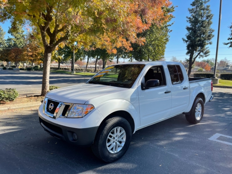 Nissan Frontier 2019 price $22,999