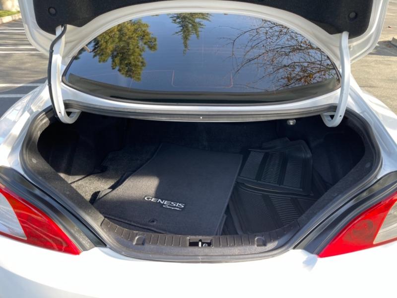 Hyundai Genesis Coupe 2012 price $10,499