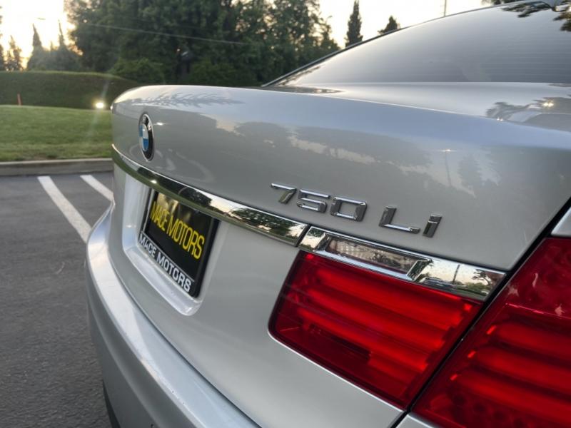 BMW 7-Series 2011 price $15,999