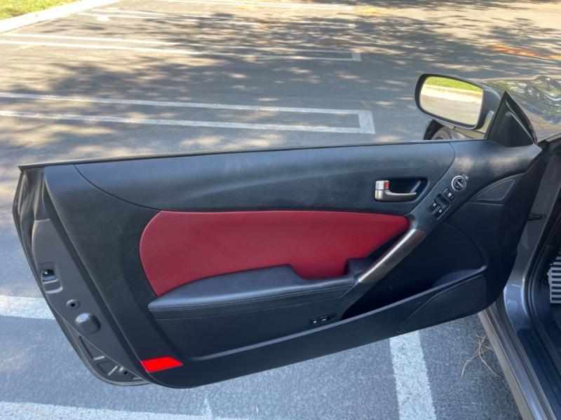 Hyundai Genesis Coupe 2013 price $16,499
