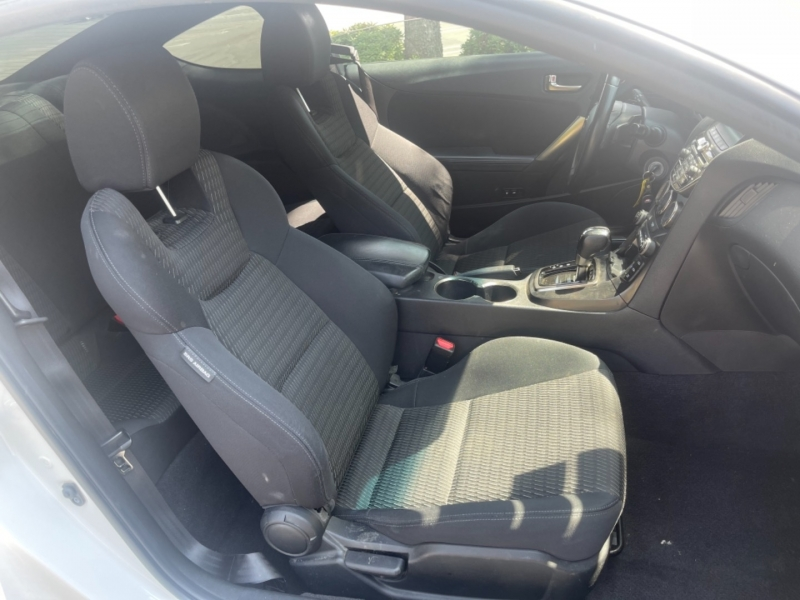 Hyundai Genesis Coupe 2013 price $15,499