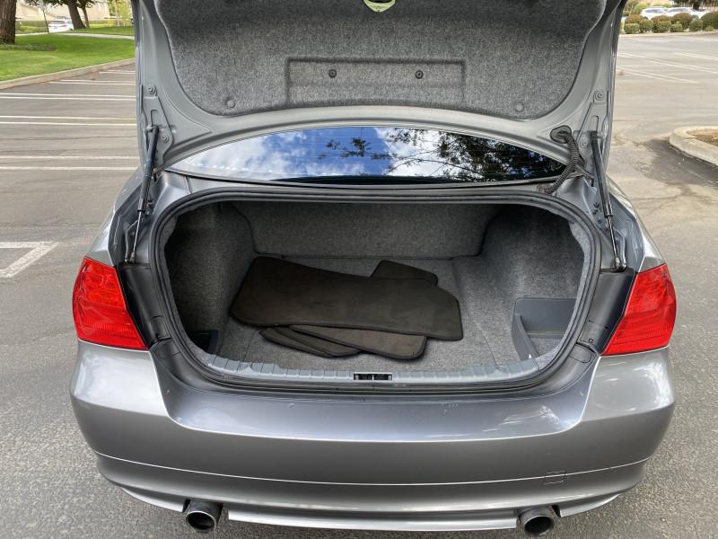 BMW 3-Series 2011 price $12,999