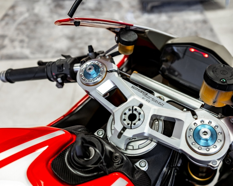 DUCATI 1299R FE 2018 price Call for Pricing.