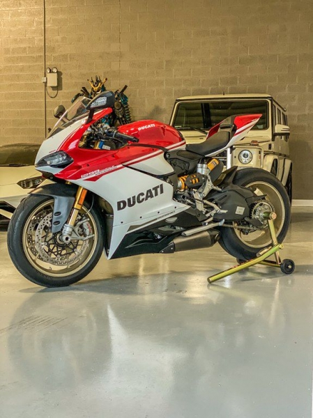 Ducati 1299S 2017 price Call for Pricing