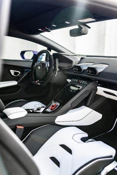 Lamborghini Huracan EVO RWD 2020 price $307,000