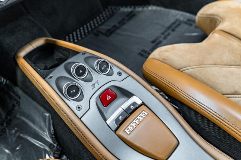Ferrari 458 ITALIA 2013 price Call for Pricing.