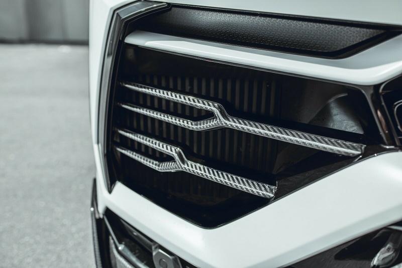 Lamborghini Urus 2020 price $305,000