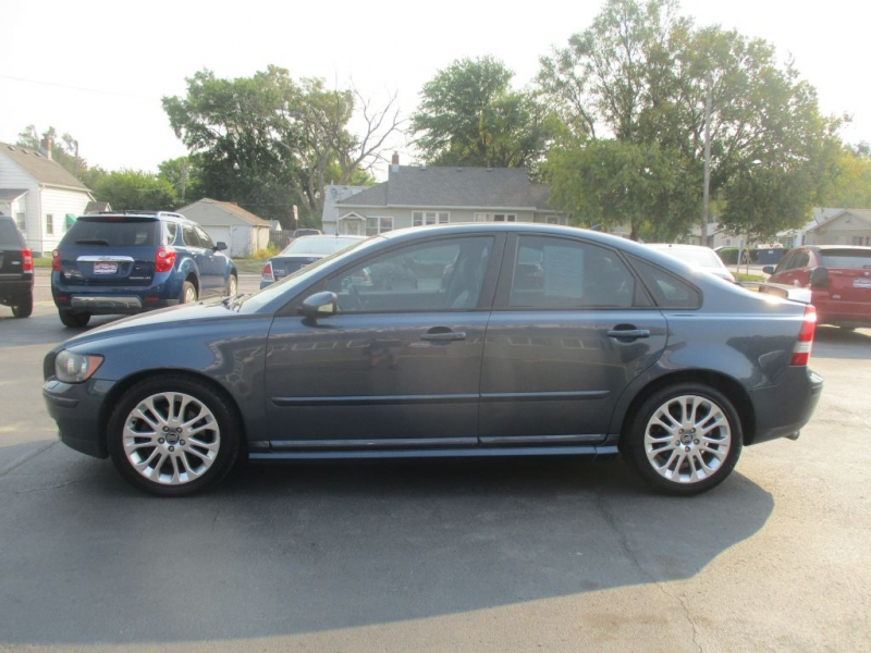 VOLVO S40 2005 price Call for price