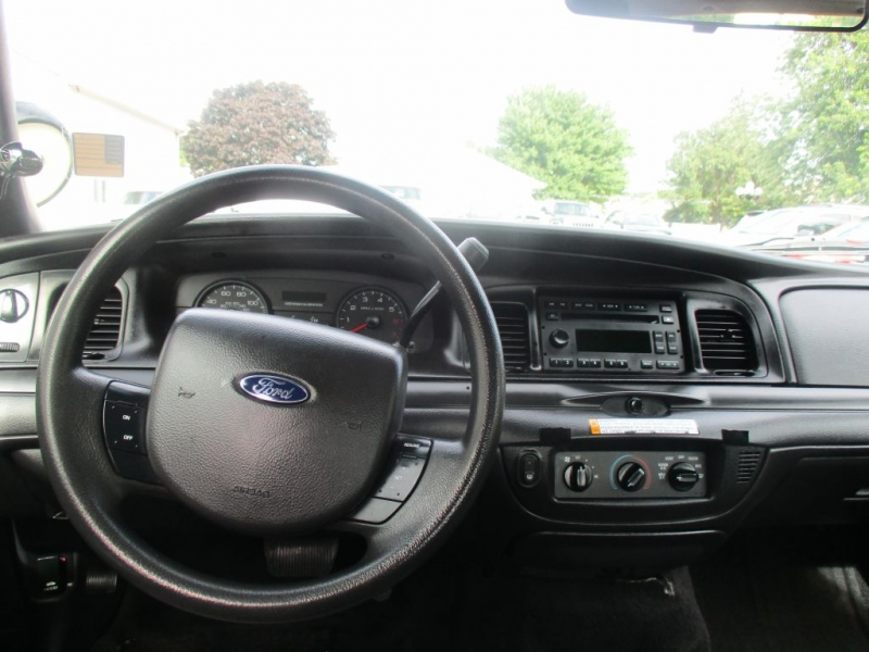 FORD CROWN VICTORIA 2011 price Call for price