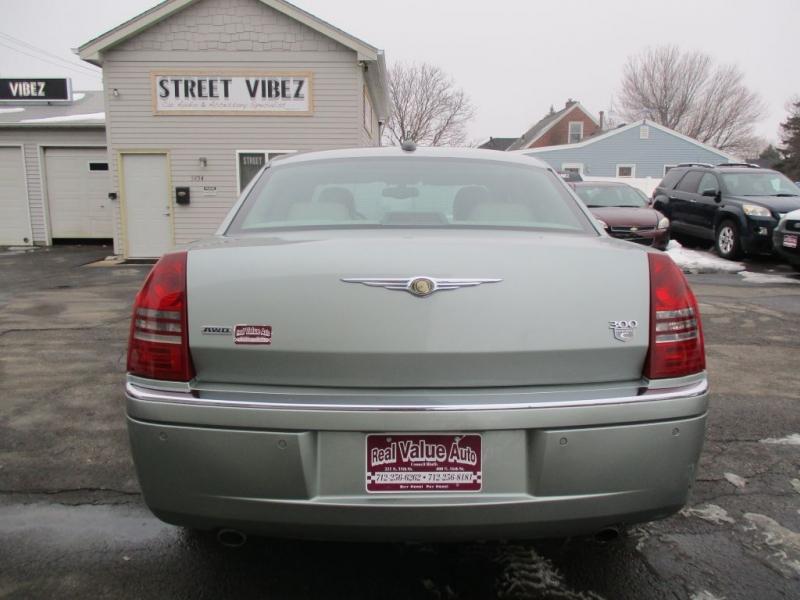 CHRYSLER 300C 2006 price Call for price