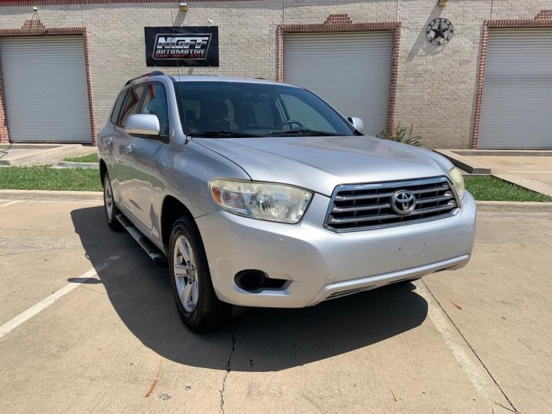Toyota Highlander 2008 price $10,888