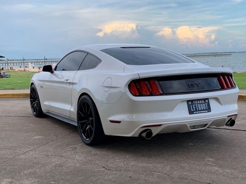 Ford Mustang 2017 price $35,888