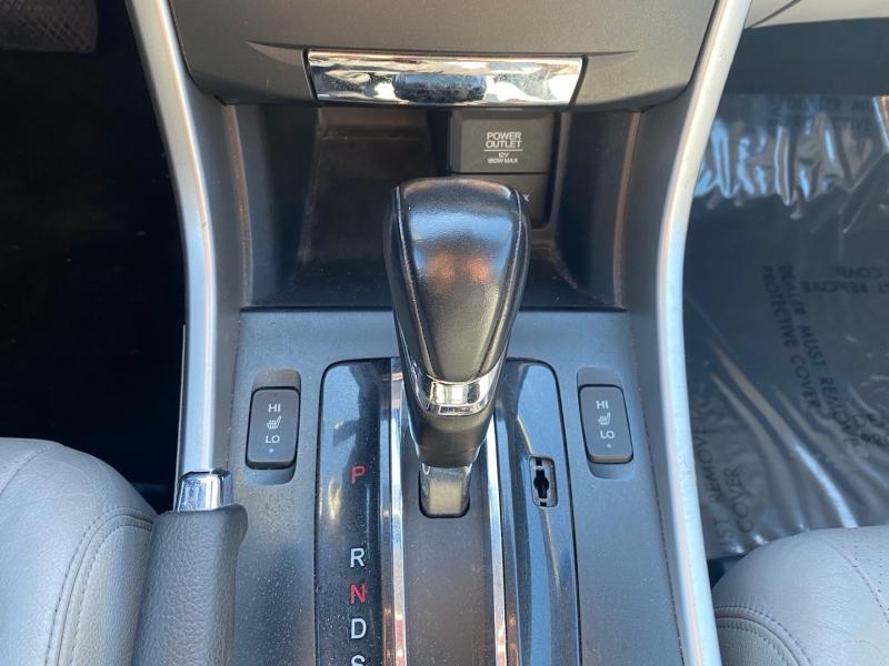 Honda Accord 2013 price $11,888