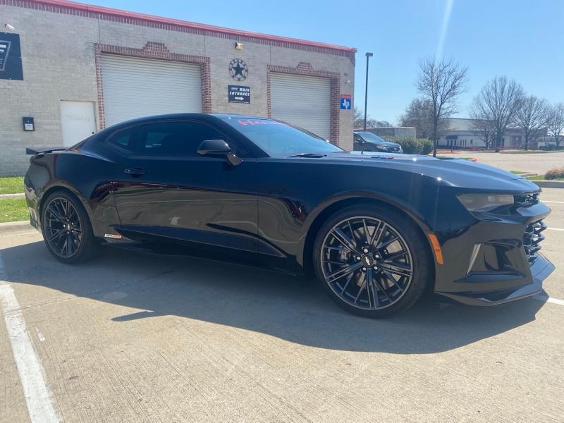 Chevrolet Camaro 2017 price $66,888