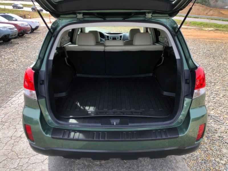 Subaru Outback 2013 price $9,950