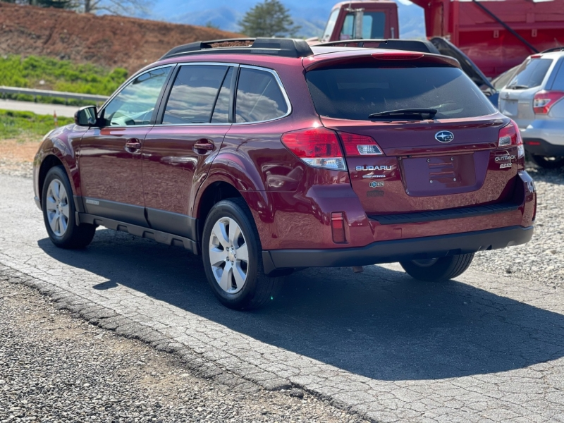 Subaru Outback 2011 price $10,950